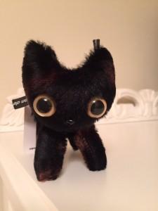 黒猫ぬいぐるみ